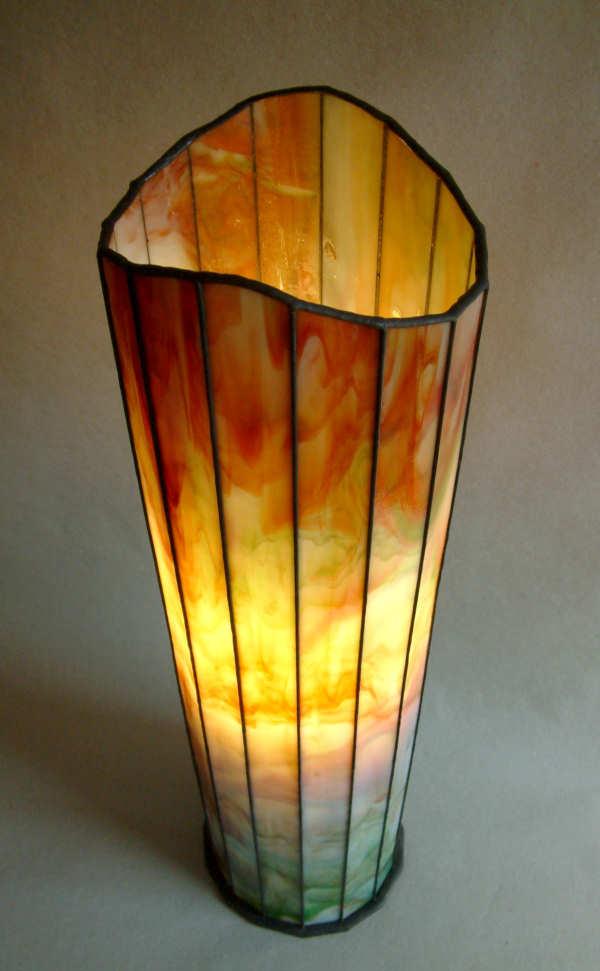 die leuchtende Lampe Herbst steil von oben gesehen