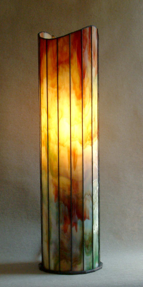 die leuchtende Lampe Herbst frontal fotografiert